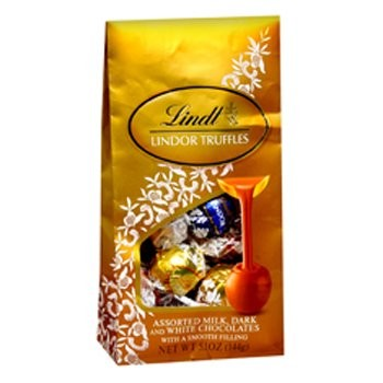 Lindt Lindor Truffles - Chocolates on www.flowerstopetersburg.com