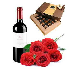 redwine-5roses-chocolates.jpg